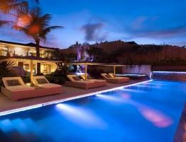 Eclairage LED pour piscine